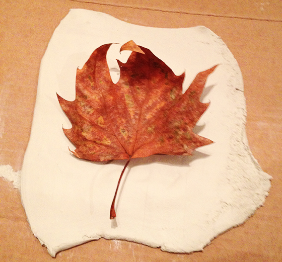 DIY Autumn leaf tea light holder step 1