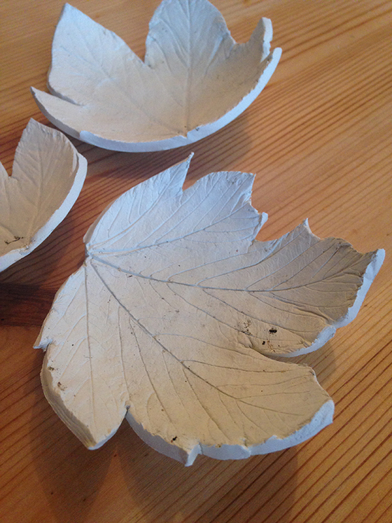 DIY Autumn leaf tea light holder tutorial step 8