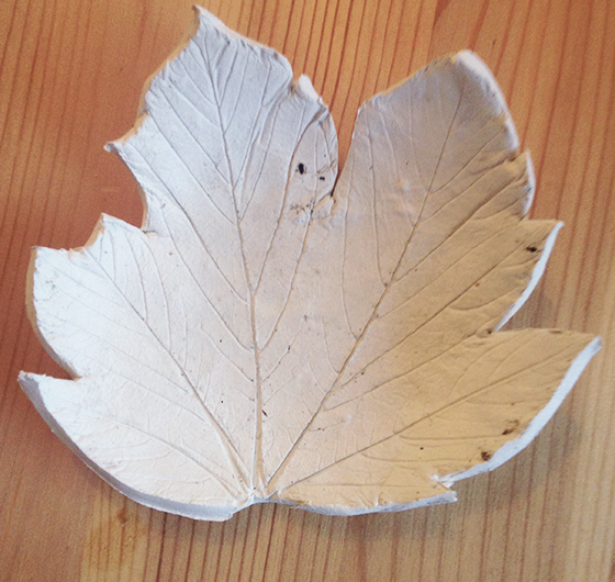DIY Autumn leaf tea light holder tutorial step 9