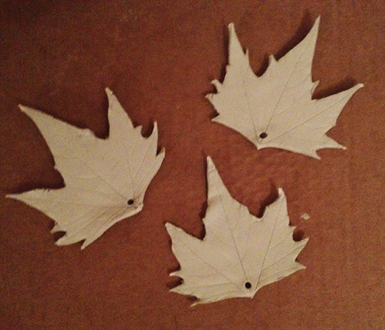 DIY Autumn leaf tea light holders hanging decorations