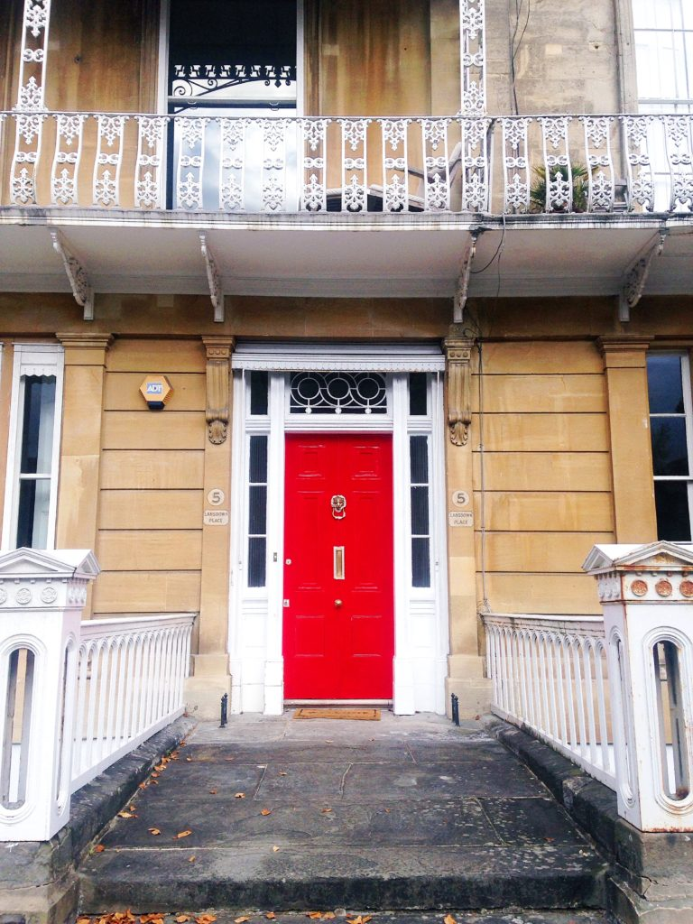 festive-red-bristol-door-in-clifton-village