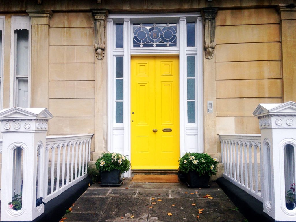 happy-yellow-bristol-door-in-clifton