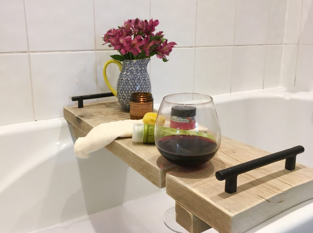 DIY-reclaimed-wood-bath-caddy-yellow-feather-blog