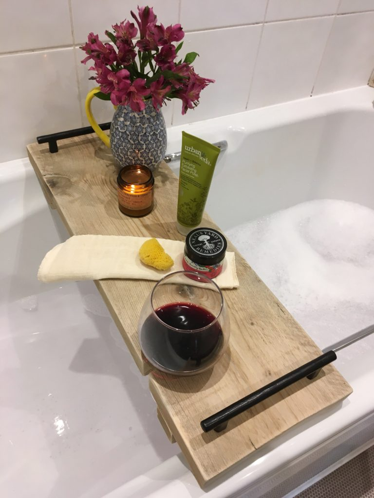 make-your-own-bath-caddy-with-wine-glass-holder-yellow-feather-blog