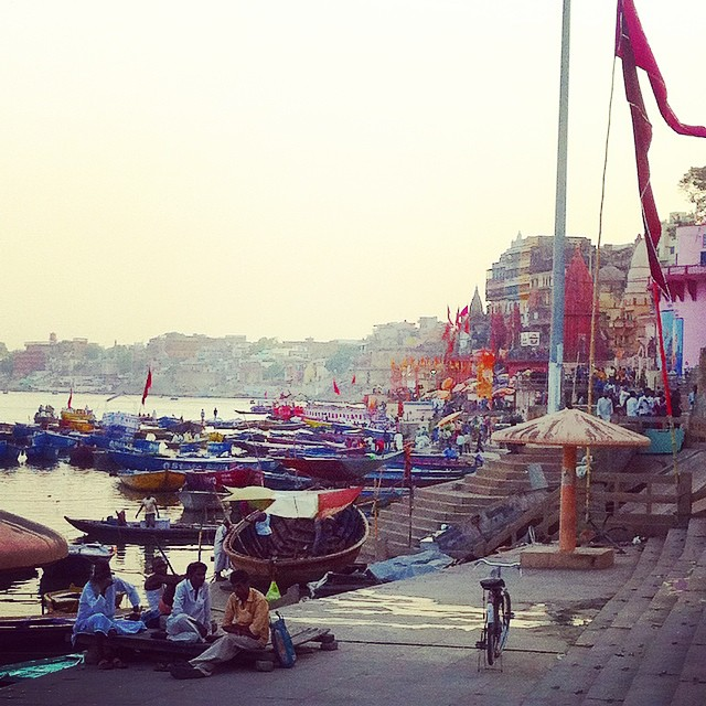 Varanasi ghats India Yellow Feather Blog Travel Tuesday Instagrammable locations