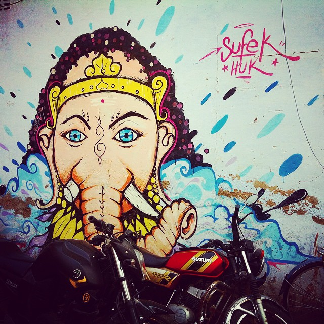 ganesh grafitti Pushkar Rajasthan India Yellow Feather blog travel tuesday instagrammable locations