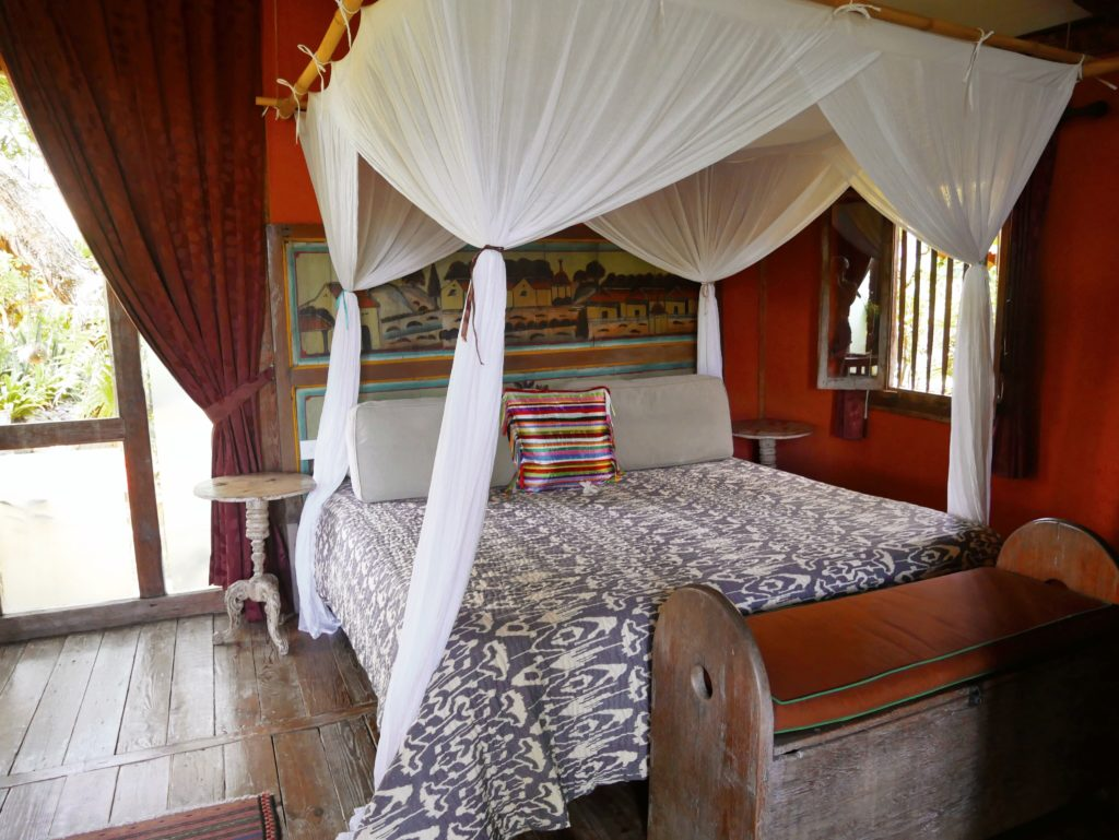 bed Rumah Mandau village house desa seni 1