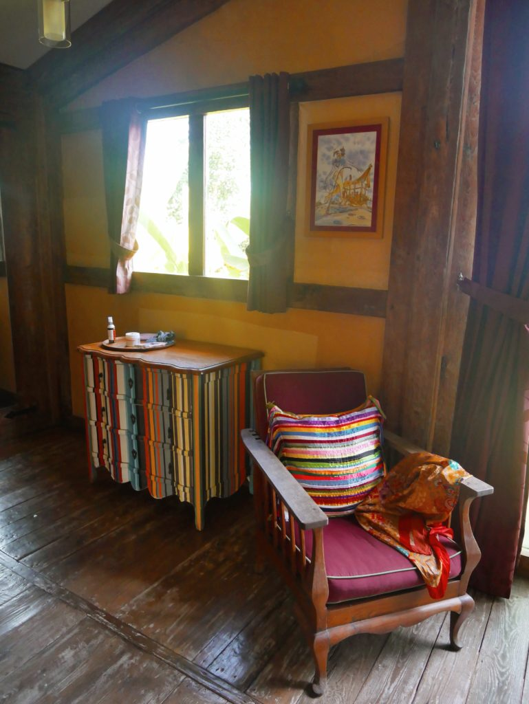 colourful dresser Rumah Mandau village house desa seni 1