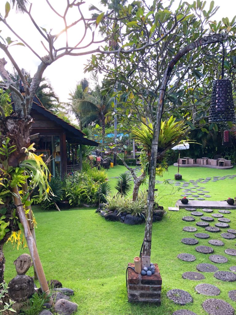 desa seni landscaped grounds